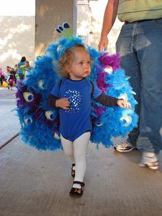 DIY peacock costume for kids #peacock #costume #DIY #kids #halloween