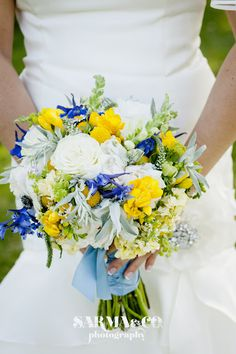 From a wedding at The Garrison, as spotted on the blog of Sarma & Co. Photography. Flowers by Steven Bruce Design.