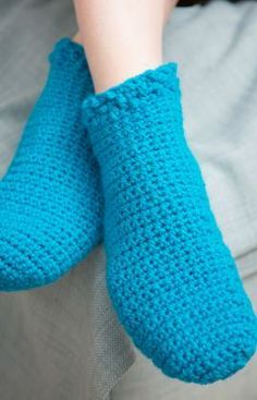 Relaxing Footies Free Crochet Pattern from Red Heart Yarns
