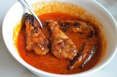 dipping-wings-in-sauce