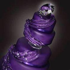 Gorgeous purple wedding cake!