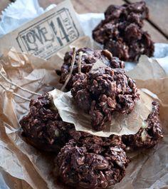 <3<3<3 Raw cookies. #Vegan #Love<3<3<3
