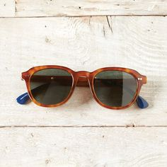 TOMS Rooper sunglasses.