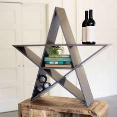 You'll be a style superstar with this gorgeous, unique shelving unit. With a geometric mix of glossy gray shelves, it's a useful and attractive way to sort and store your dearest books and trinkets.