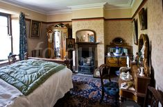 Love the rug Victorian bedroom 2.