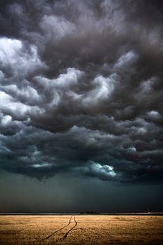photo by Camille Seaman #dark #clouds #sky