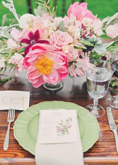 Vintage garden wedding inspiration | photo by Mollie Crutcher Photography | 100 Layer Cake