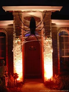 An old-skool webpage with lots of cool Halloween ideas (i like the 6 foot spider)