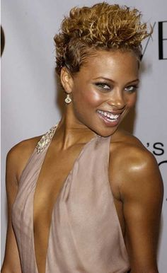 short hair styles for women with red highlights | women naturally have curly hair . So they can try this very short ...