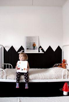 black white kids room, kid spaces, kid rooms, knit blankets