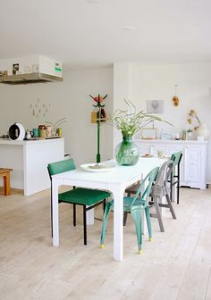 my scandinavian home: A bright, white and airy Dutch home