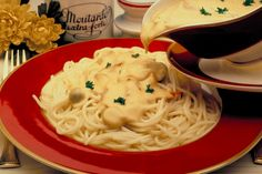 The Pasta House Company Fettuccine Alfredo – a creamy rich sauce poured over pasta is a true delight.