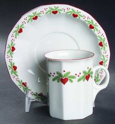 Porsgrund Hearts & Pines.  Such a pretty Christmas pattern.  The quality of Porsgrund china is amazing.