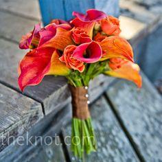 wedding flowers http://media-cdn2.pinterest.com/upload/264164334362475525_YRZgcNIT_f.jpg nataliescott going to the chapel