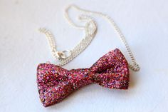 diy glitter bow necklace