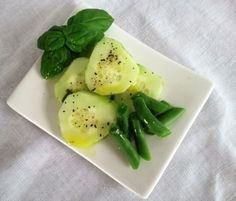 Quick and Easy Fresh Basil Salad Dressing