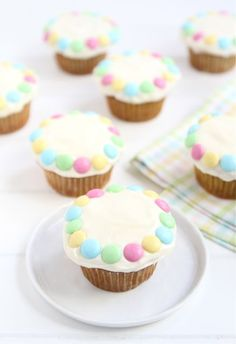 Banana Cupcakes with Cream Cheese Frosting via @Maria (Two Peas and Their Pod)