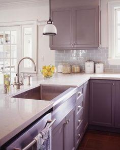 dark cabinets and gray backsplash - alternative to white cabinets