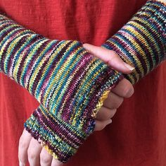 Ravelry: Simple Fingerless Mitts pattern by Sara's Texture Crafts