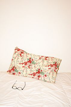 floral pillow case
