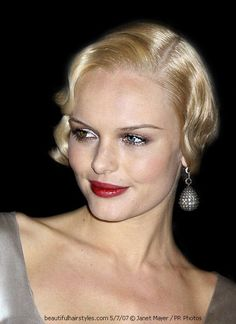 Incredibly seductive Kate Bosworth (a best blonde, too!), sports this creamy wet/dry soft 1920s wavy short do