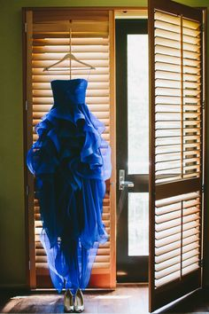 Blue Reem Acra weddi...