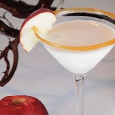 Caramel Apple Martini - 1 oz Green apple-flavored vodka 1/2 oz Apple schnapps 1 oz Butterscotch liqueur 2 oz Half and half Caramel sauce for the glass Apple slice for garnish
