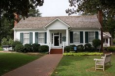 Ivy Green - Helen Kellers Home