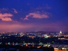 Check out the sights of DC and enjoy an overnight stay with perks for two. overnight stay