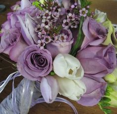 purple roses @ weddingowner.com