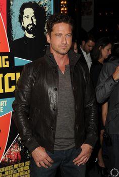 HQ - Gerard Butler L.A. Premiere of Chasing Mavericks 10/16/12 #LiveLikeJay