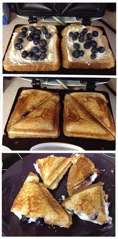 grilled cheese recipes, powder sugar, blueberri breakfast, breakfast grill, french toast