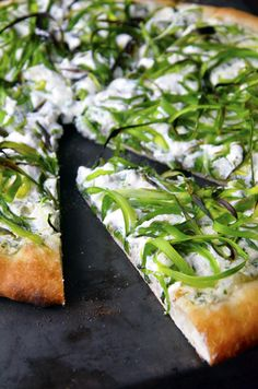 Shaved Asparagus and Ricotta Pizza