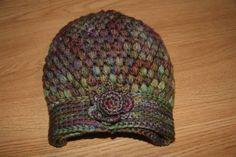 Gorro Anna Hat free crochet pattern - English version below hat picture