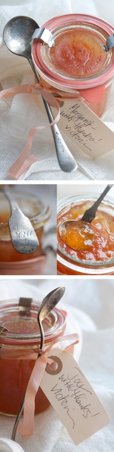 Vanilla Pink Grapefruit Marmalade. I think I'm gonna try making jams and marmalades. So much to do, so little time!