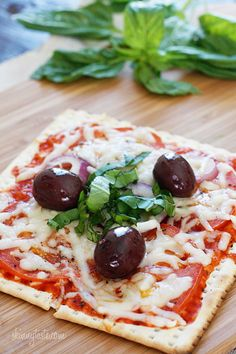 Passover Matzo Pizza
