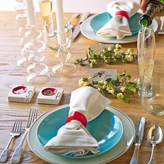 Fresh ideas for your Christmas holiday table settings