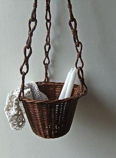 .Vintage Hanging Basket.    t