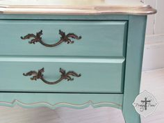 Modern Masters Warm Silver Metallic Paint on Highlights and Table Top   Prodigal Pieces #diy #paintedfurniture #metallicpaint