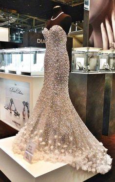 bitchdontblameme:  Sparkle dress | via Facebook on...