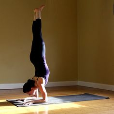 Learning How to Balance in Forearm Stand