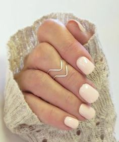 Chevron Knuckle Rings & Lace ♥