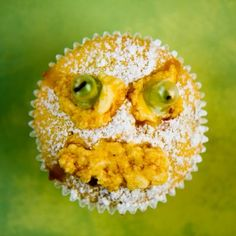 Halloween Cupcakes with Edible Googly Eyes - from Cupcake Project