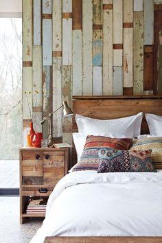 45 Inspiring Rustic Bedroom Design Ideas : 45 Cozy Rustic Bedroom Design Ideas With White Bed Colorful Pillow Nightstand Lamp Window Chair And Ceramic Floor