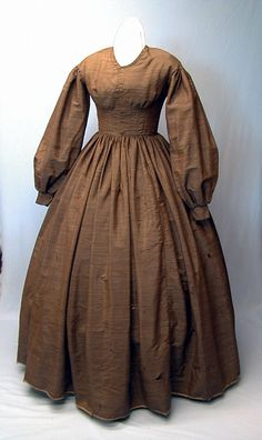 1850's dress - really like the simplicity of this dress!