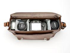 I <3 this camera bag!