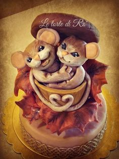 Mice at fall.....inside their favorite food. - Cake by LE TORTE DI RO'
