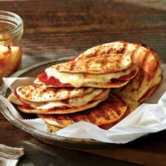 Publix Aprons Simple Meals Chicken-Pizziola Panini with Green Tea Spiced Pears