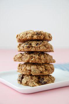 Breakfast Cookies on Weelicious