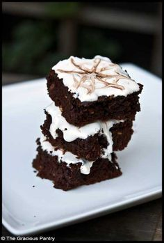 Clean Eating Brownies (Click Pic for Recipe) I completely swear by CLEAN eating!!  To INSANITY and back....  One Girls Journey to Fitness, Health, & Self Discovery.... http://mmorris.webs.com/